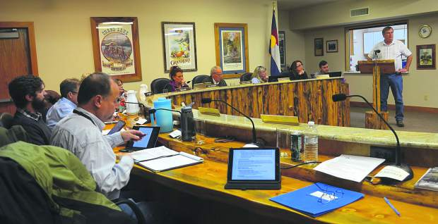 Grand Lake municipal fee spurs 'hostile' town meeting